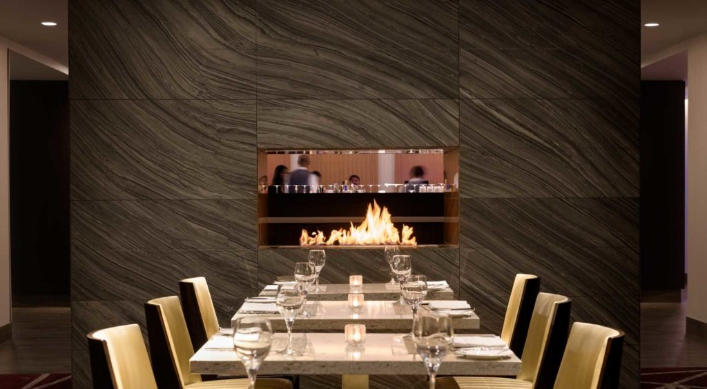 Photo of seating inside L'Enfant Bar and Grill inside the Hilton Washington DC National Mall Hotel.